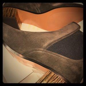 NWT Chloe Qassie Suede Chelsea Boots Charcoal 38.5